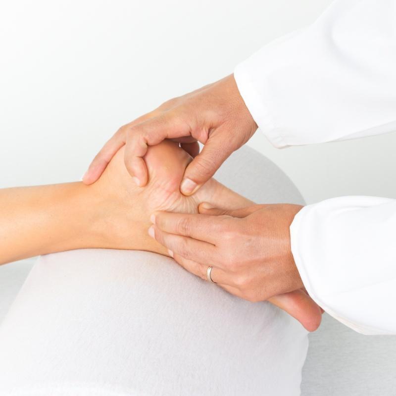 лечение в клиниках россии от суставов